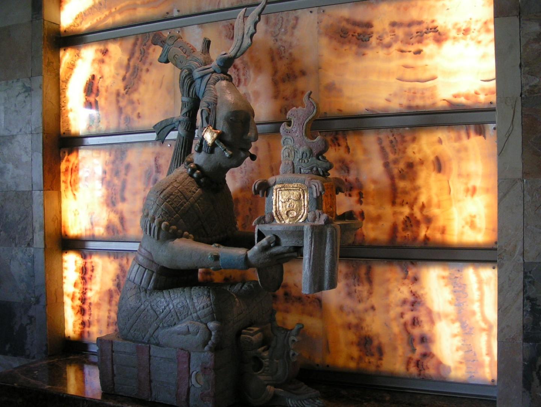mayan_statue.jpg