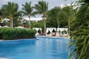 07-intimate-pools