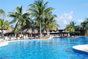 11-mayan-palace-pools