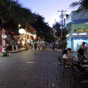 Street scene in Playa
