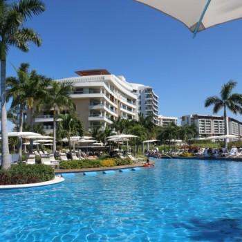 Luxxe building 1 pools nuevo vallarta
