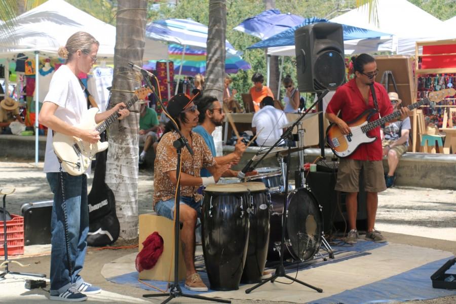 Jam Band La cruz sunday market