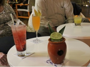 drinks at Nektar