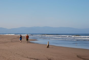 jogging-beach-nuevo-vallarta