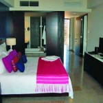 grand mayan bedroom