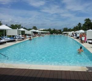 luxxe pool riviera maya