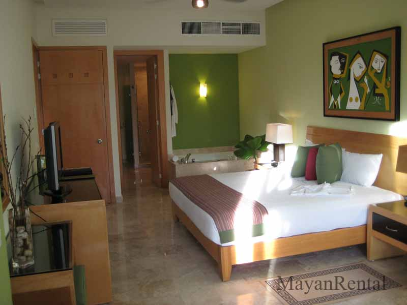 Grand Mayan Accommodations 1 Bedroom on Bedroom 2 S 1 Bath 800 Sq Ft